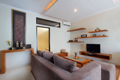 Renowned as part of a select few, luxurious long-term accommodation options in Bali, Berawa Beach Residence is built for ultimate convenience, comfort and style. This chic property offers sophisticate
