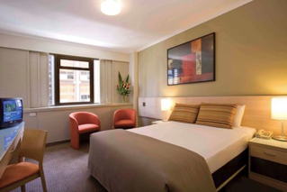 The hotel is ideally situated next door to Sydney's wonderful attraction's, whether you are looking for an exciting day in the city or a sensational night out on the town.